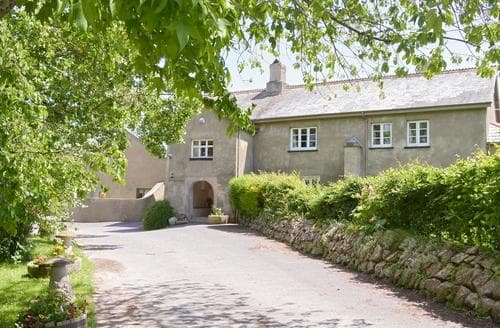 Last Minute Cottages - Adorable Newton Abbot Cottage S19356
