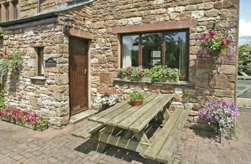 Last Minute Cottages - Rundales Cottage