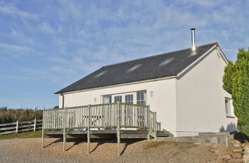 Last Minute Cottages - Exquisite All Black Isle Cottage S24788