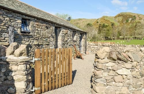 Last Minute Cottages - Lovely Pooley Bridge And Northern Ullswater Cottage S72892