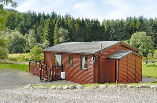 Last Minute Cottages - Larch Cottage - S4428
