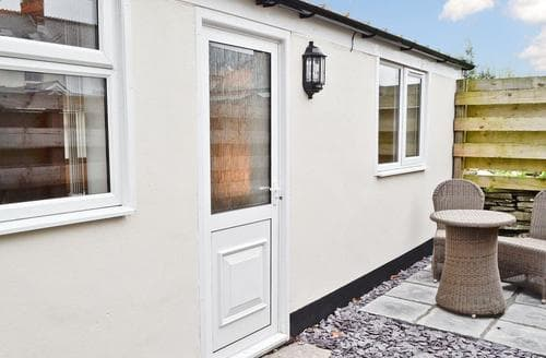 Last Minute Cottages - Inviting Tintagel Cottage S43688