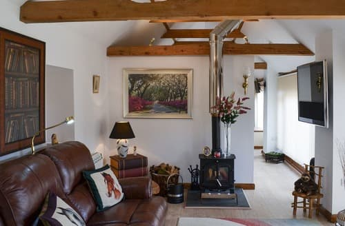 Last Minute Cottages - The Olde Barn