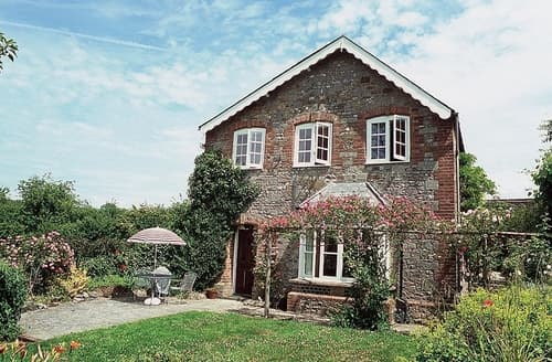 Last Minute Cottages - Rose Garden Cottage - E2817