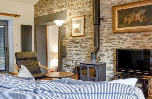 Last Minute Cottages - Adorable Bowness On Windermere Cottage S94239