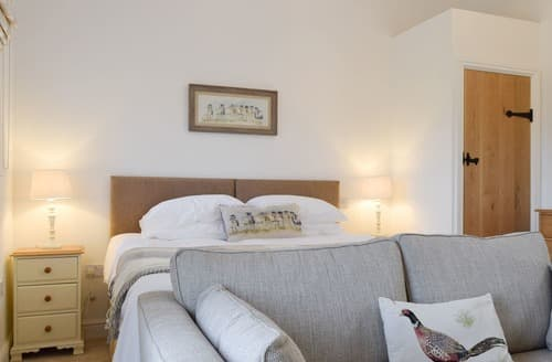 Last Minute Cottages - Wonderful All Northamptonshire Cottage S114303