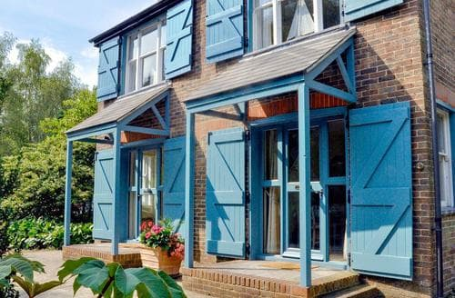 Last Minute Cottages - Stunning Uckfield Cottage S14033
