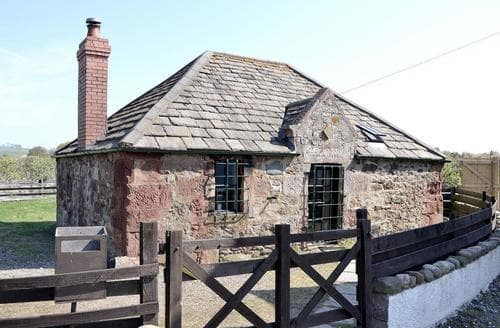 Last Minute Cottages - Superb Montrose Cottage S50610