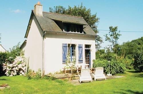 Last Minute Cottages - Plouha