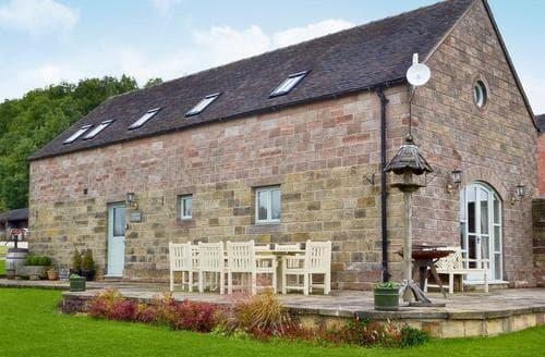 Big Cottages - Lovely Brassington Lodge S80855