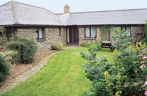 Last Minute Cottages - Tor Barn