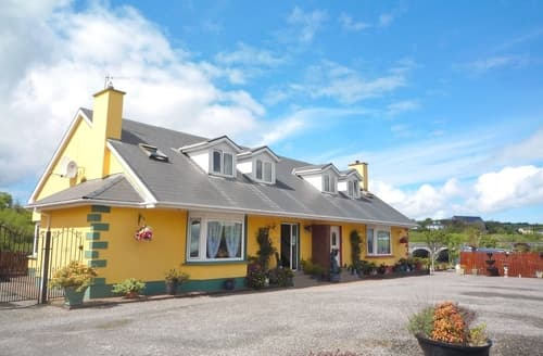 Last Minute Cottages - Riverside Holiday Homes
