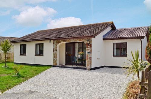 Last Minute Cottages - Splendid Padstow Cottage S20652