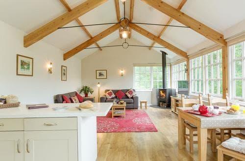 Last Minute Cottages - Tasteful Kingsbridge Cottage S81528