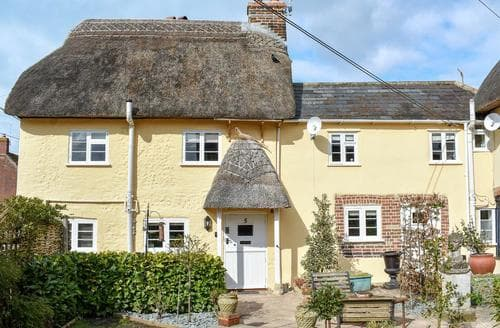 Last Minute Cottages - Beautiful Blandford Forum Cottage S50489