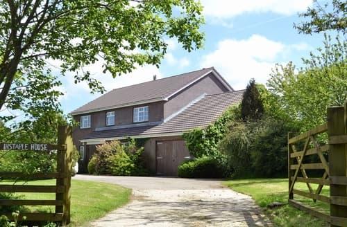 Last Minute Cottages - Luxury Holsworthy Cottage S19176
