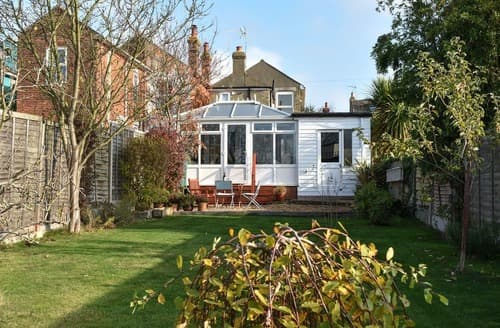 Last Minute Cottages - Delightful Colchester Cottage S126984