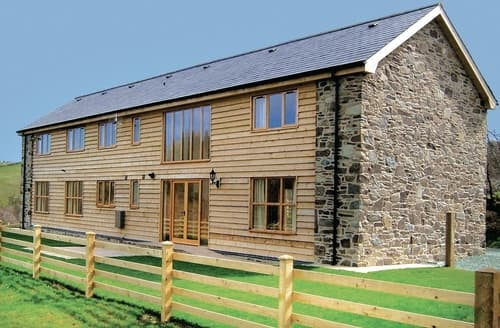 Big Cottages - Cwm Corn Barn - HW7662