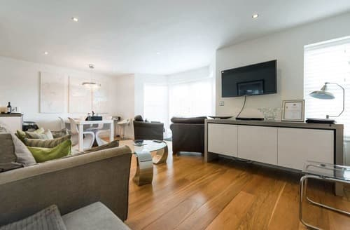 Last Minute Cottages - Attractive St Ives Apartment S114306