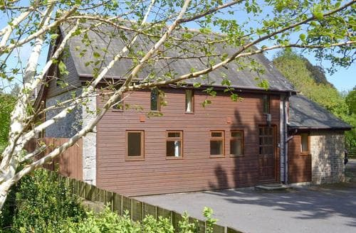 Last Minute Cottages - Luxury Newton Abbot Cottage S19355