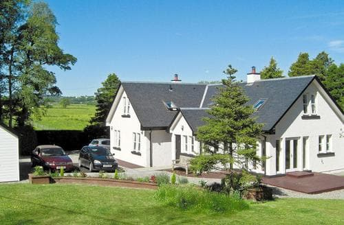 Last Minute Cottages - Beautiful Glasgow Cottage S23541