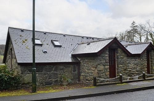 Last Minute Cottages - Lovely Dolgellau And Coed Y Brenin Forest Park Cottage S22257