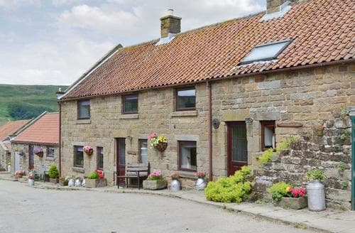 Last Minute Cottages - Adorable Rosedale Abbey Cottage S15398