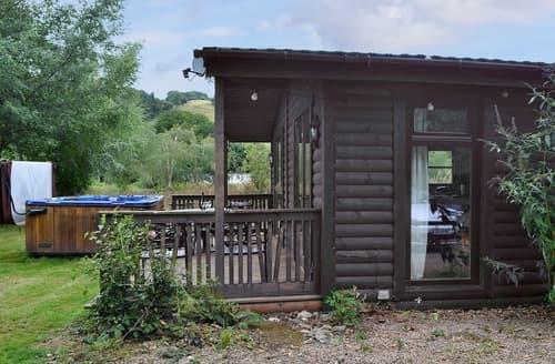 Last Minute Cottages - Edw Lodge