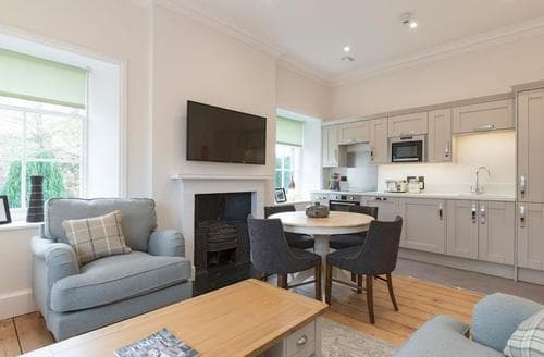 Last Minute Cottages - Hexham House Apartment 6 - UK3197