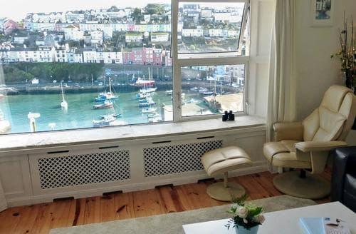 Last Minute Cottages - Harbour Watch