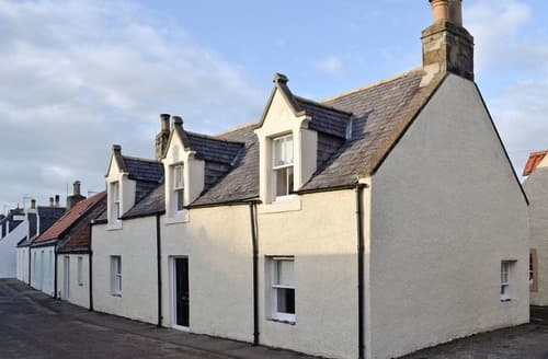 Last Minute Cottages - Adorable Cullen Cottage S24464