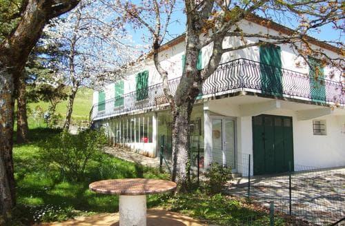 Big Cottages - Quaint Quillan Cottage S118055