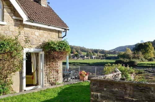 Last Minute Cottages - Lovely Monmouth Cottage S124120