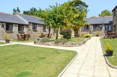 Last Minute Cottages - Tasteful Porthtowan Cottage S37458