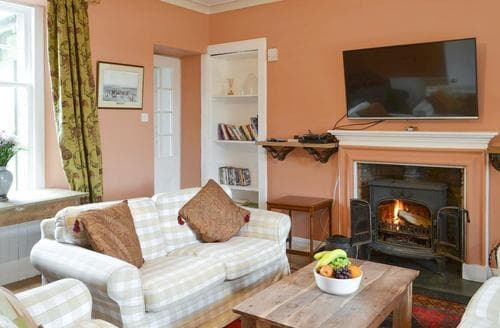 Big Cottages - Inviting Tighnabruaich Cottage S93636