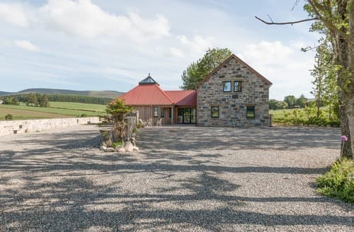 Big Cottages - Charming Ballindalloch Lodge S94795