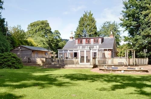 Big Cottages - Stunning Helensburgh Cottage S23035