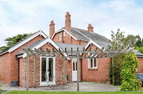 Last Minute Cottages - Attractive Malvern Cottage S16353