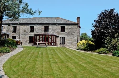 Last Minute Cottages - Prideaux Farmhouse