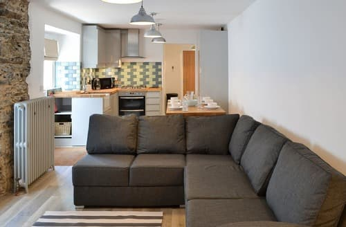 Big Cottages - Cosy Newquay Apartment S83009