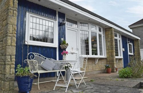 Last Minute Cottages - Attractive Swansea Lodge S80418