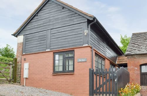 Last Minute Cottages - Clyst William Barn