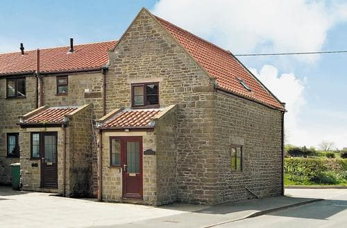 Last Minute Cottages - Black Bull Cottage