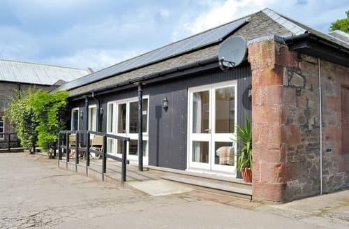 Dog Friendly Cottages - Quaint Helensburgh Cottage S23029