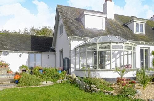 Last Minute Cottages - Superb Falmouth Cottage S73877