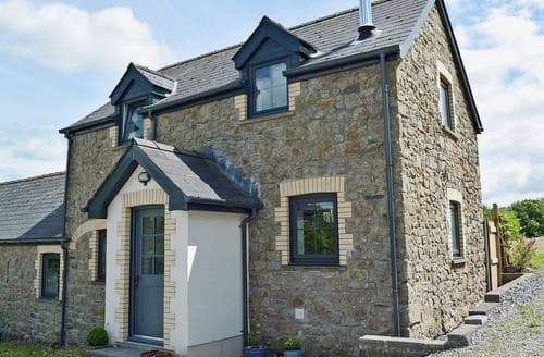 Last Minute Cottages - Charming Narberth Cottage S59323