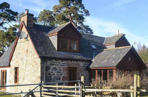 Last Minute Cottages - Foxhole Farm Cottage