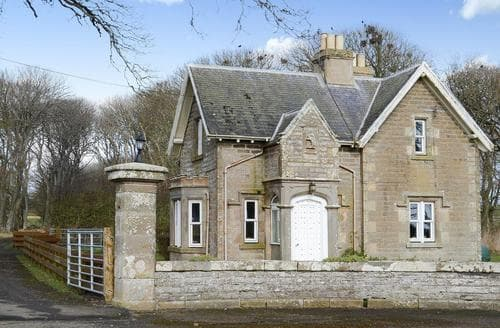 Big Cottages - Captivating Wick Lodge S79381