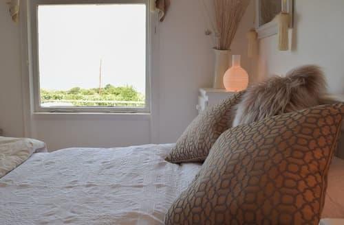 Last Minute Cottages - Cosy Preseli Hills Cottage S27085
