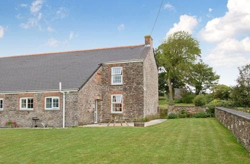 Dog Friendly Cottages - Luxury Padstow Cottage S20626